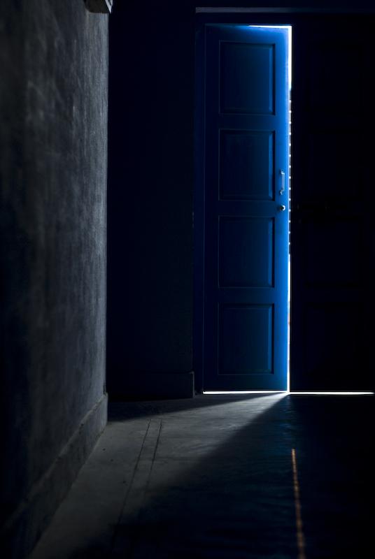 Marco vergano empty spaces - Finestra che si apre ...